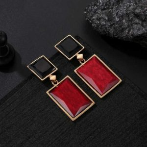 Trendy Shiny Geometrical Shaped Crystal Tantalizing Drop Earrings for Girls and Women – Red Black